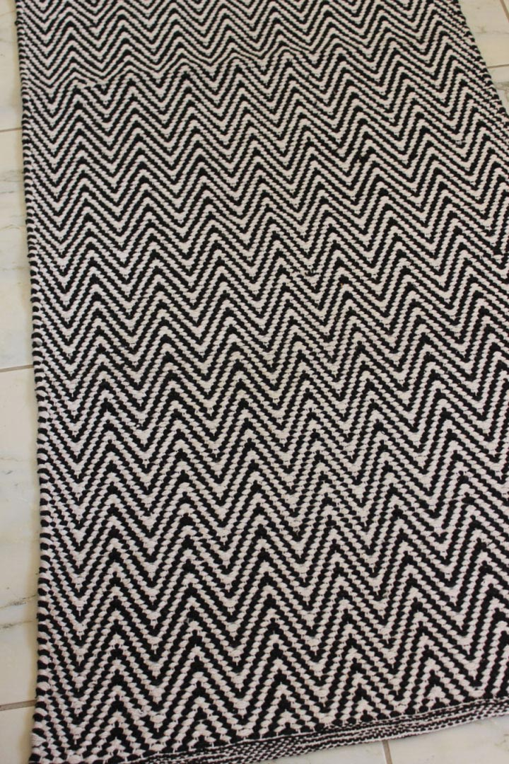 2 Meter Long Chevron Zig Zag Floor Runner Black Amp White